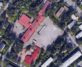 Vartiokylän ala-asteen piha