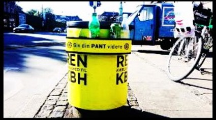 Bottle/can racks for garbage cans in Copenhagen style