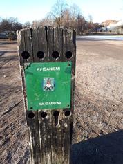 Ajurinpuiston nimitolpan malli Kaisaniemestä
