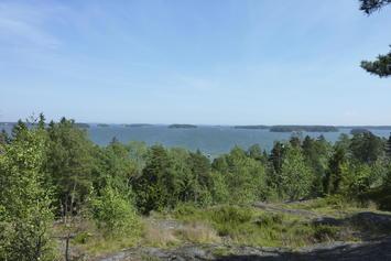 Utilising Vartiosaari for recreational use as a nature site