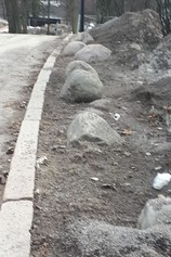 Natural stones will be used to prevent illegal parking in Alppipuisto Park and increase the comfort of residents.