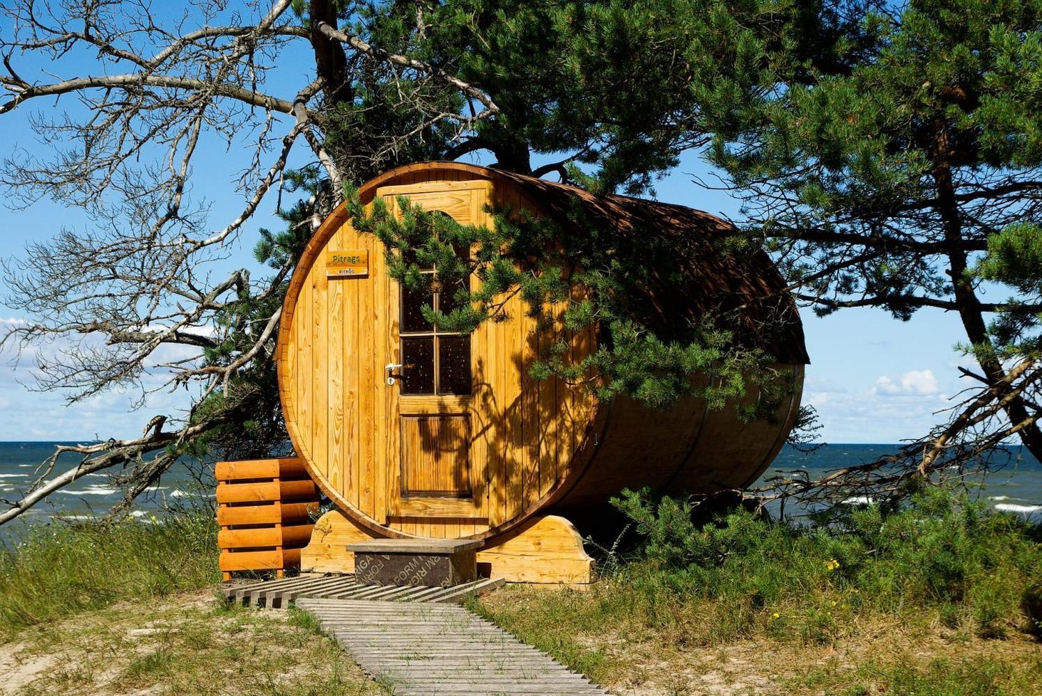 Kivinokkaan saunoja