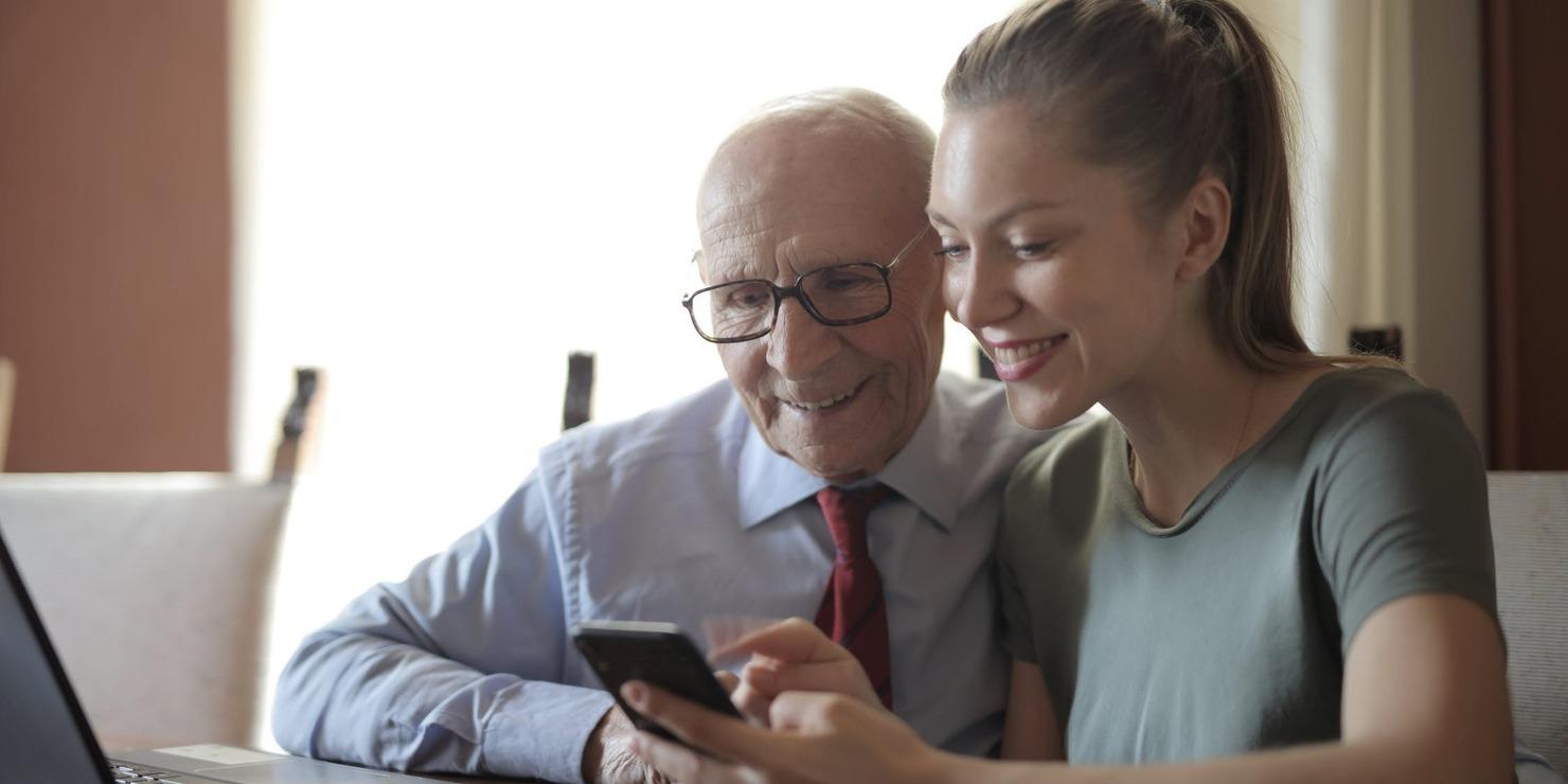 Digi-ikä! Etäkerhoja ja digiopastusta iäkkäille
