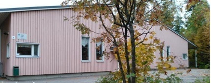 Kylätalo Maununnevan ja Hakuninmaan asukkaille