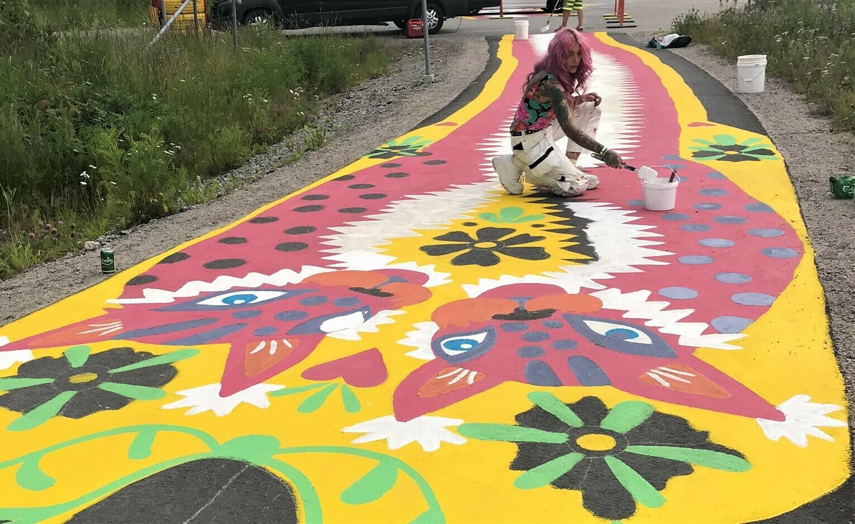 Pyörätiemuraali / Bike lane mural