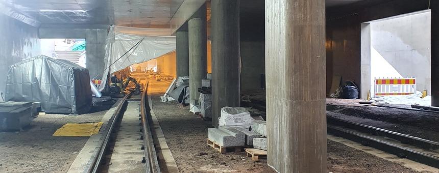 Raidejokerin reitti aseman alikulussa Eliel Saarisen tiellä