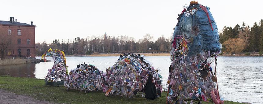Loch Mess Lapinlahden rannassa kaikkine suomuineen marraskuussa 2020