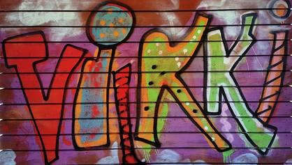 Viikin nuorten tekemä graffiti