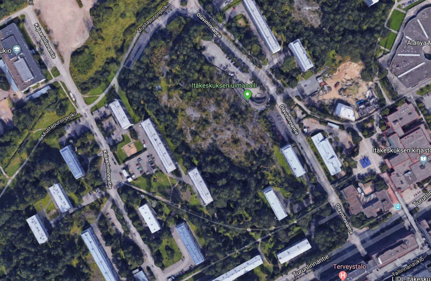 Treeniportaat ja kiipeilypuisto Itäkeskukseen
