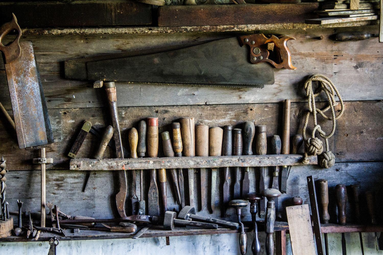 Nikkariverstas / puutyöpaja / carpentry workshop