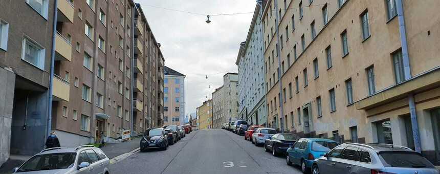 Monet kadut Kallion seudulla ovat lähes puuttomia. Kuva Harjusta.